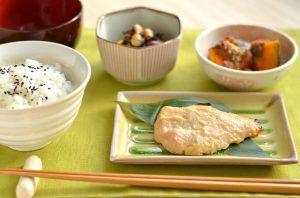 鮭の西京漬け焼き定食おいしそう