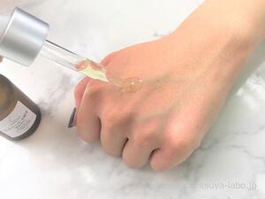 タカミエッセンスCEを使用中の手