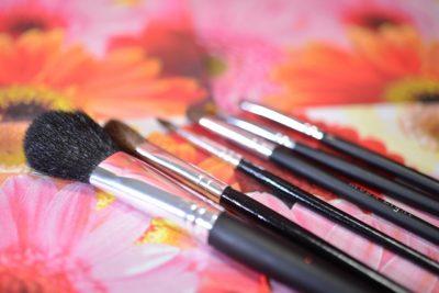 化粧筆が並んでいる画像