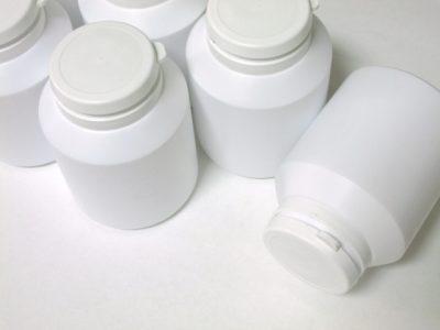 サプリメントのボトル