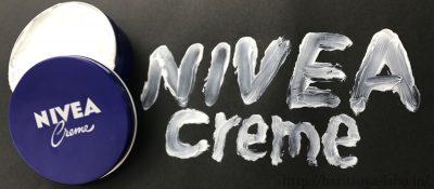 ニベアクリームで「NIVEAcream」と書いた画像
