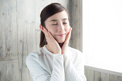 洗顔ブラシを使うことで得られる美肌効果