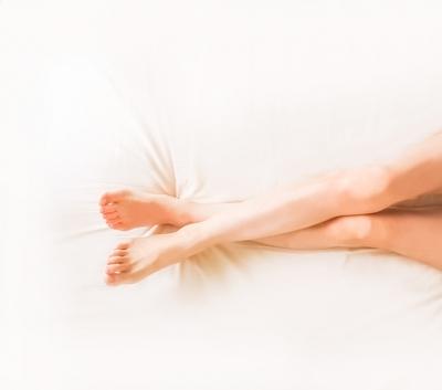 女性の綺麗な脚