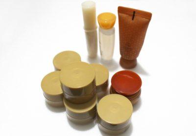 化粧品が数種類の画像